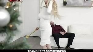 ExxxtraSmall - Tiny Blonde Punter Gets A Piledriver For Christmas