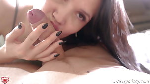Hot Brunette Deep Blowjob Closeup - Cum in Brashness