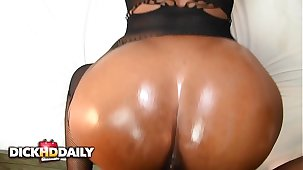 Backshots And Facial For Honey Dizzle
