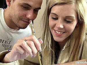 Teen Cindy obtaining nailed