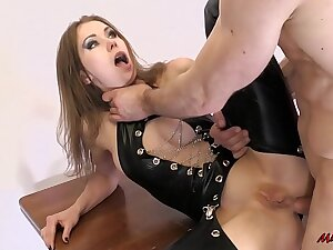 FIT TEEN Reverence ASS TO THROAT Be wild about AND EATING ANAL CREAMPIE. MIA BANDINI